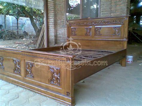 Tempat Tidur Kayu Jati Ukiran tempat tidur minimalis majapahit kayu jati furniturenesia