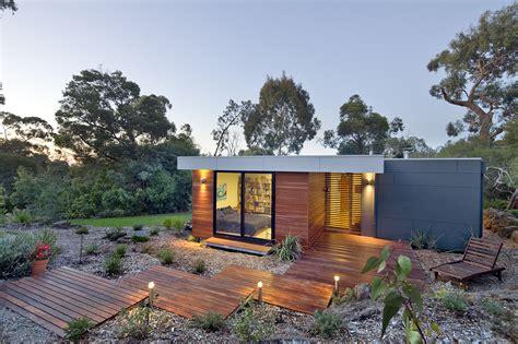 home sleek home eve house by pleysier perkins the sleek new modular design by prebuilt 1 off the grid