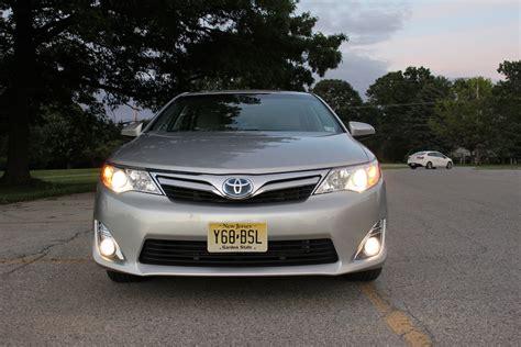 Toyota Camry Xle 2012 Review 2012 Toyota Camry Hybrid Xle Autosavant Autosavant