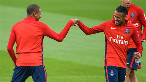 kylian mbappe debut kylian mbappe named in psg squad to face metz as debut
