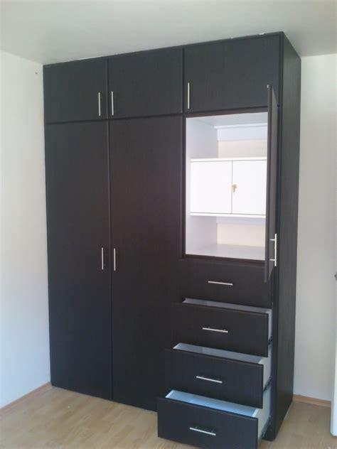 imagenes de roperos minimalistas closets minimalista con puertas corredizas 9 400 00