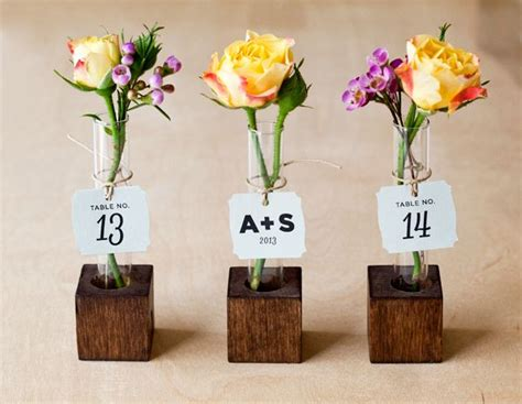 Vase Wedding Favors by May Wedding Favors Idea Diy Bud Vase Favors