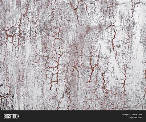 imagen y foto cracked paint on wall grunge bigstock