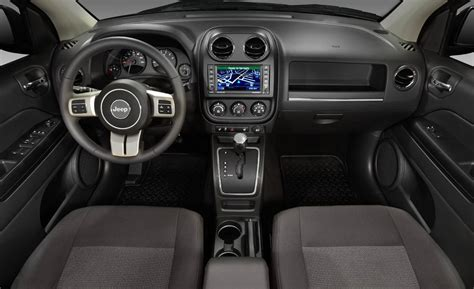 Jeep Compass Interior Pictures by Car And Driver