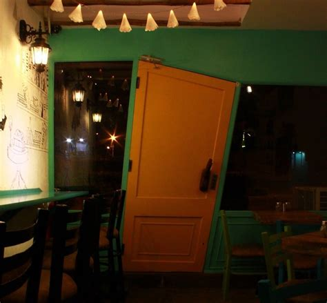 15 fancy places in delhi where you can a meal for