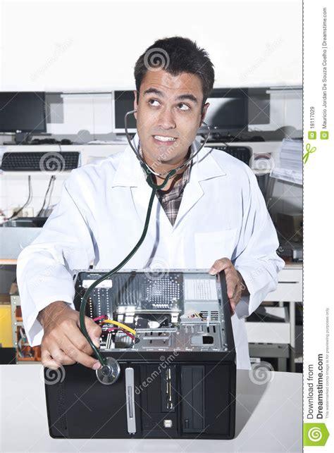 Popok Perekat Dr P Xl 8 Pcs Dr P Xl Isi 8 Pcs computer problem pc doctor stock image image 18117029