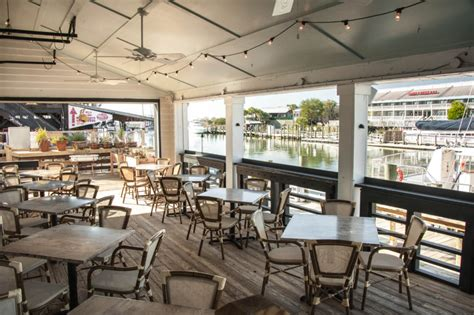 top bars in charleston sc bayside high the 16 best rooftop bars in charleston sc