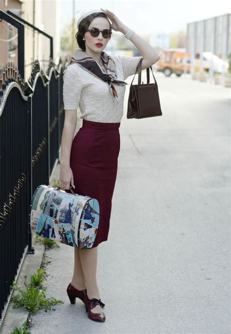 Vintage Look Wardrobe by 25 Best Ideas About 1940s Fashion On 1940 S