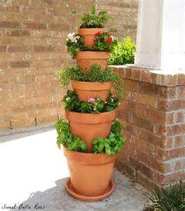 how to make tower herb planter diy crafts handimania