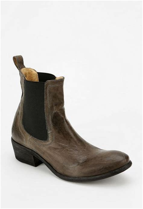 outfitters frye carson chelsea ankle boot in brown