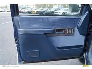 1994 chevrolet c k k1500 z71 regular cab 4x4 blue door