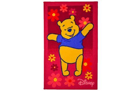 tappeti winnie the pooh 40 fantastici tappeti disney per bambini pianetabambini it