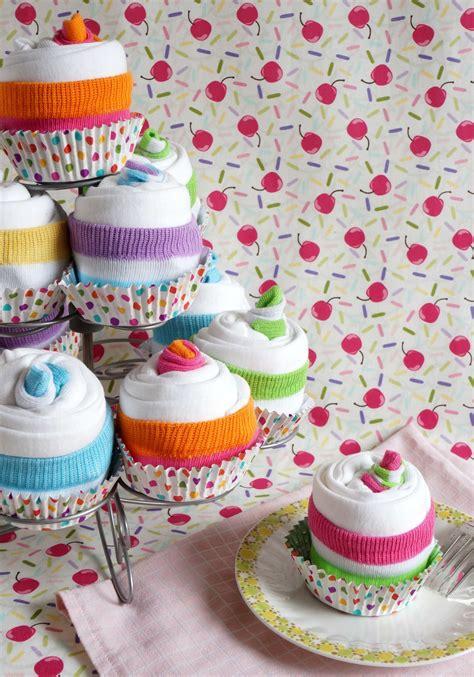 Baby Shower Onesie Cupcakes by Onesie Cupcake Tutorial