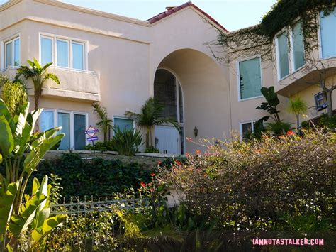 kardashian houses robert kardashian s former house iamnotastalker