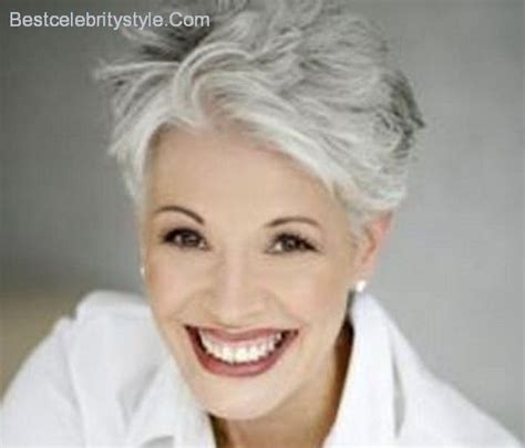 hairstyles for young women with gray hair 11 sophisticated and sexy short haircuts for women with