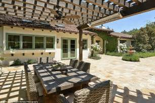 Stephen Curry House by Golden State Warrior Stephen Curry S House Is For Sale For
