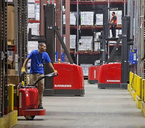 swing reach truck raymond forklift trucks lift truck fleet and warehouse