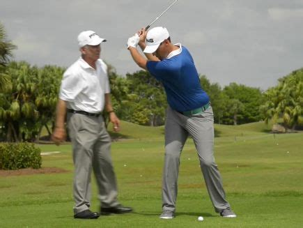 automatic golf swing watch full swing keys put your swing on automatic golf
