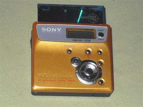 Ultimate Smallest Mp3 Player by Sony Net Md Mz N505 Personal Minidisc Player Sony Gold