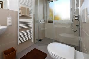 badezimmer günstig renovieren badezimmer g 252 nstig renovieren jtleigh