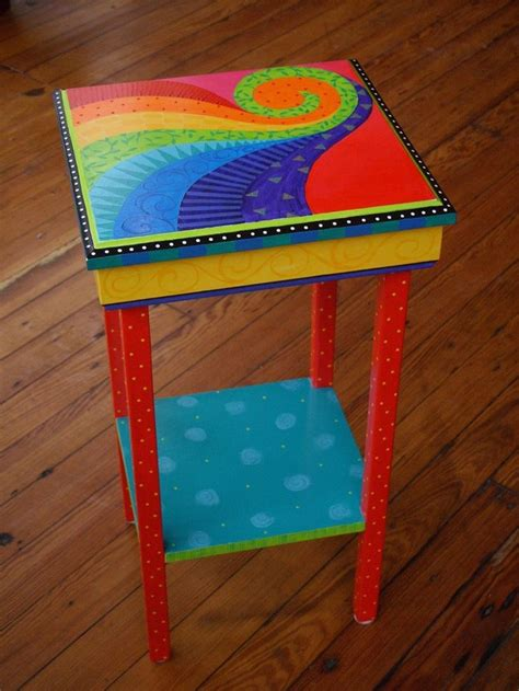 tische bemalen 25 best ideas about funky painted furniture on pinterest