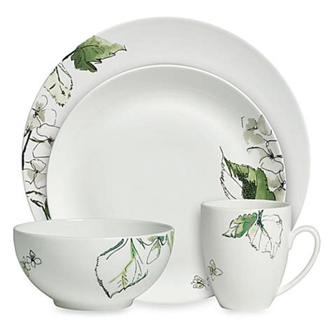 leaf pattern dinnerware set vera wang wedgwood 174 floral leaf 4 piece place setting