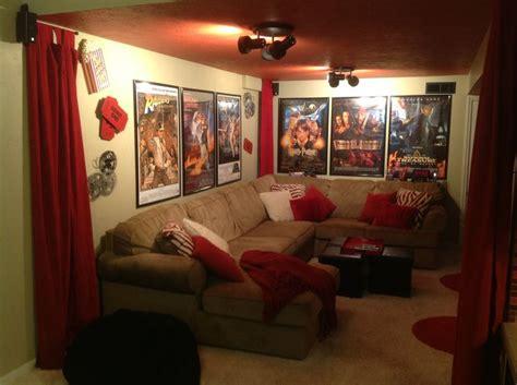 movie themed living room best 25 theater room decor ideas on pinterest media