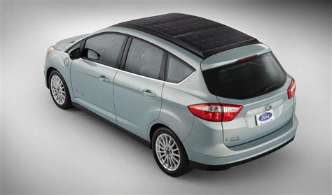 Solar Powered Cruise Cars Use The Sun On The Golf Course by Ford C Max Solar Energi Concept Using The Sun To Charge