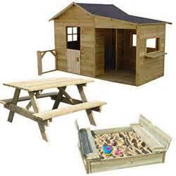 sandkasten mit bank kinderspielhaus aus holz gaby sandkasten mit bank