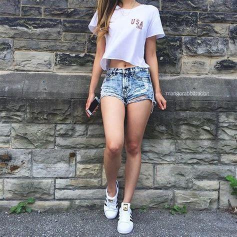 imagenes de piernas locas klein 15 poses con mucha actitud que puedes hacer para instagram