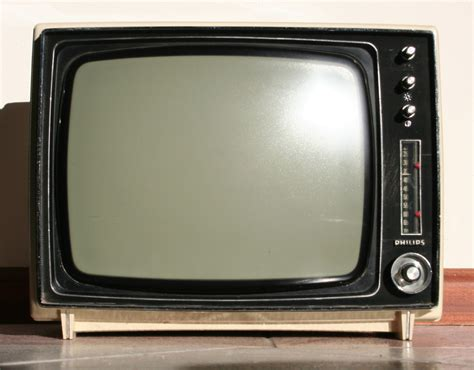 free mobile television mobile phone the free encyclopedia
