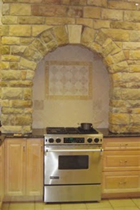 Keen Inspirations: Faux Stone Arch and Stove Back Splash