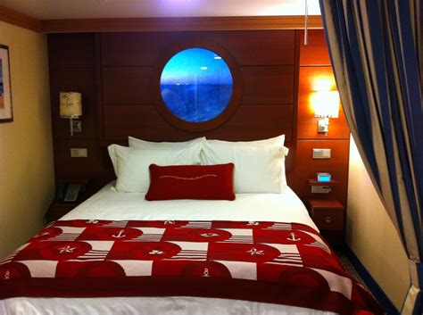 disney cruise room pictures mousesavers photo of porthole room on the disney