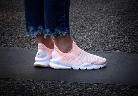 Nike Sockdart Pink nike wmns sock dart prm sunset tint white 881186 600
