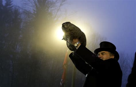 groundhog day prediction meaning what does did the groundhog see his shadow
