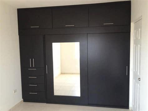 Closet De by Closet Con Puerta Con Espejo Closets Y Cocinas Practicas