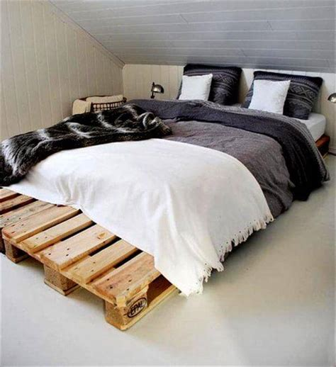 how to build a pallet bed diy 20 pallet bed frame ideas 99 pallets