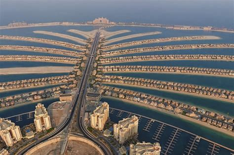 Awesome Things That You Can Get For Christmas #6: 538874660_The-Palm-Jumeirah.jpg