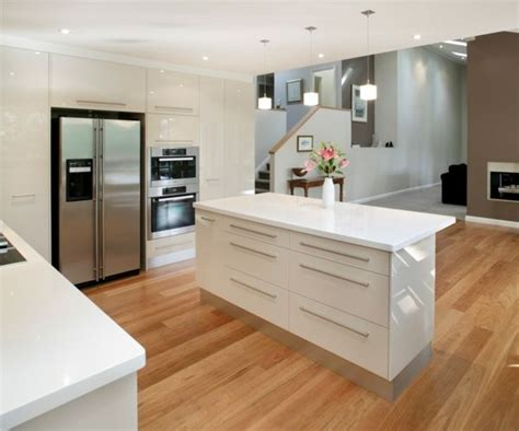 small kitchen interior design photos 3664 home and 78 ideen zu k 252 che hochglanz auf pinterest schrank wei 223