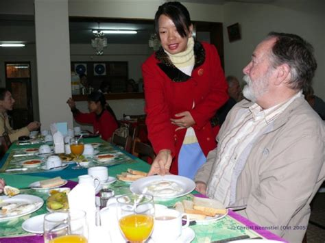 warmes oberbett myanmar reise tipp mandalay zu den bergv 246 lkern bei