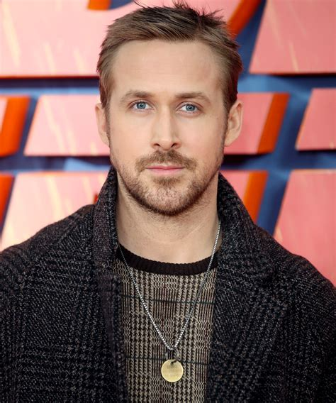 ryan gosling necklace ryan gosling is wearing his dog s tag around his neck