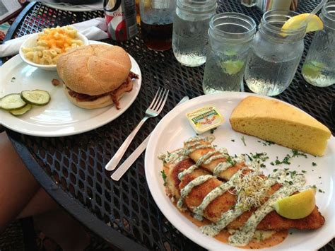 a lowcountry backyard restaurant 12 best images about mytripadvice usa sc hilton head