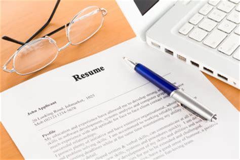 Lebenslauf Arbeitssuchend Umschreiben Arbeitslosenzeiten Im Lebenslauf Benennen Das Ist Zu