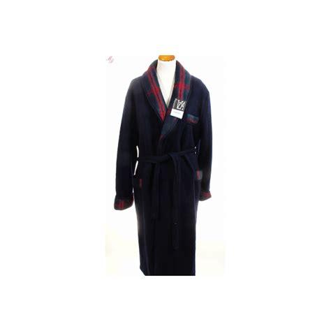 robe de chambre en des pyr駭馥s pour homme peignoir homme en des pyr 233 n 233 es marine de val d arizes