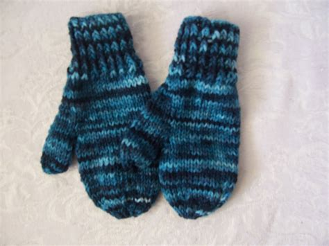 knitting pattern for childrens gloves 9 best images of mitten knitting patterns free printable