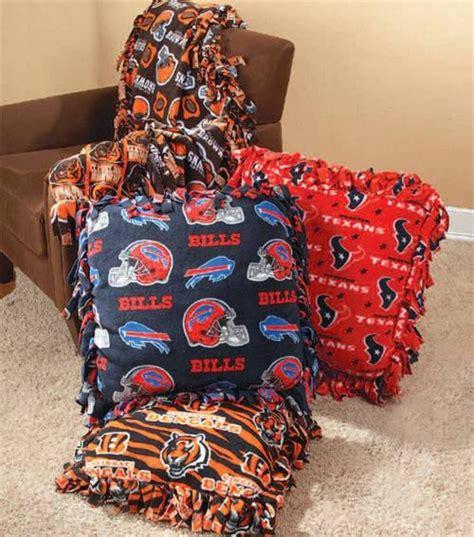 fabric crafts fleece easy no sew fleece pillow for day