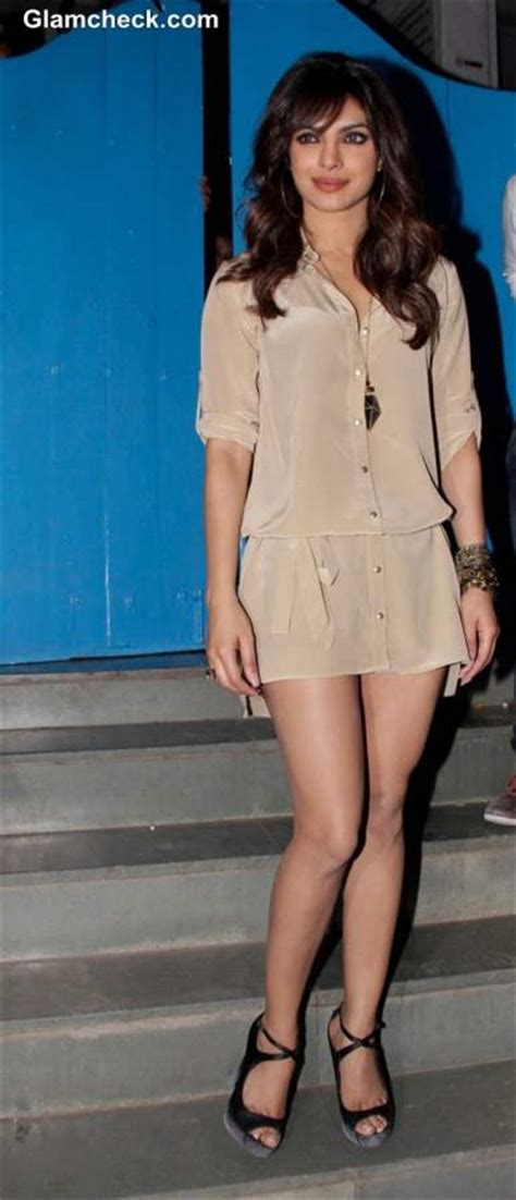 priyanka chopra cute amp in beige shirt dress