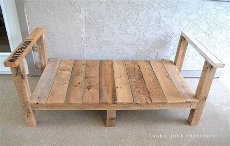 Diy Wood Sofa by Pallet Wood Sofa Upcycle That