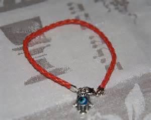 Certains des bienfaits des bracelets en fil rouge de la kabbale