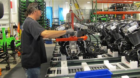 Harley Davidson Factory Tour Milwaukee by Milwaukee Area Businesses Hold Manufacturing Day Events